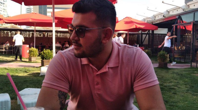 28 yaşında bakımlı erkek
